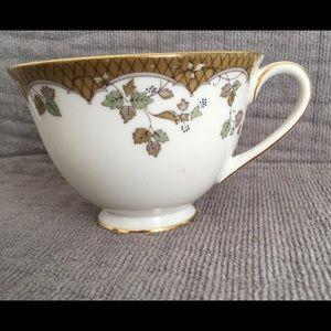 "Royal Doulton China "" LYNNEWOOD "" Footed Tea Cup"